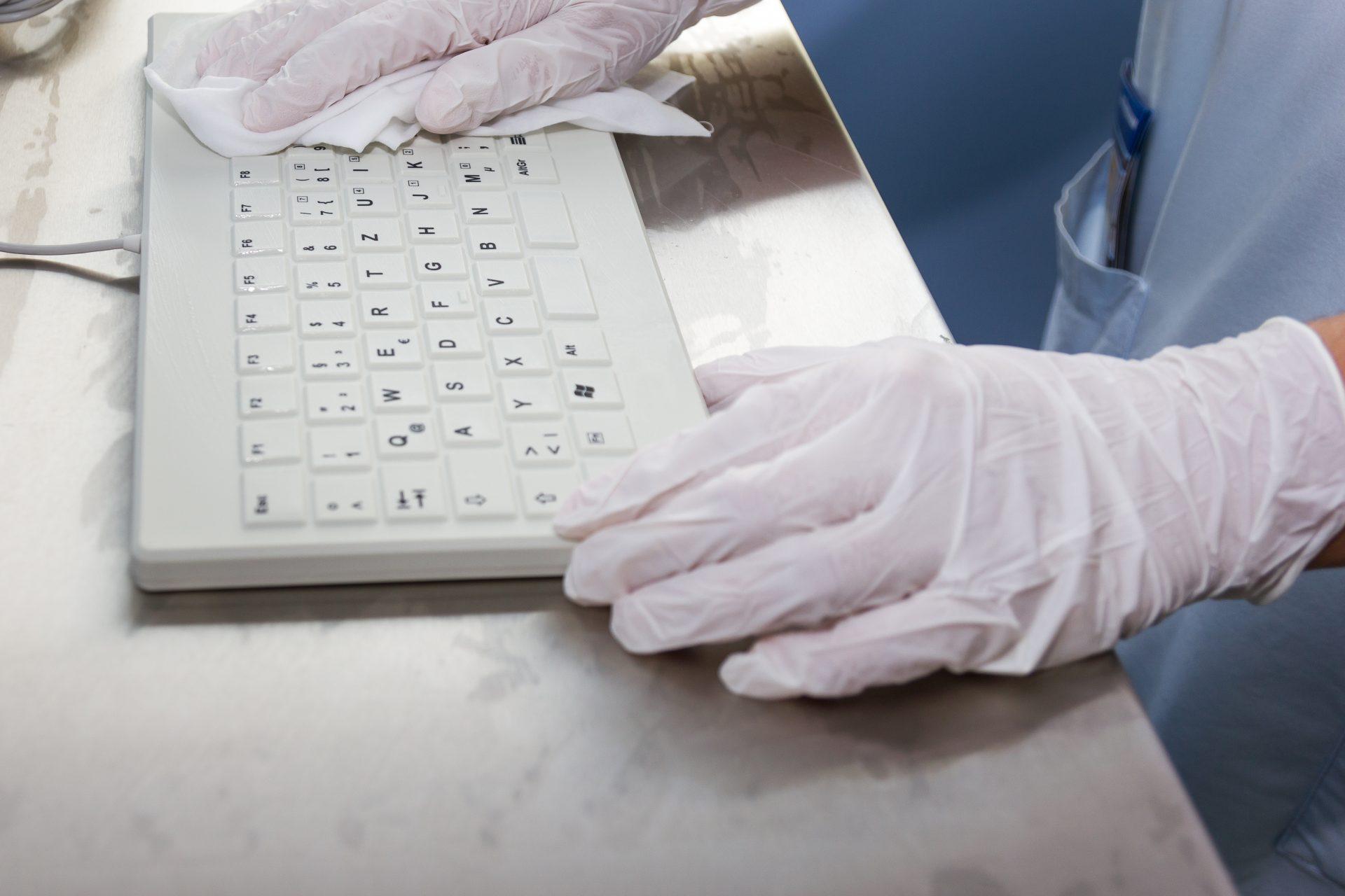 Reinigung Silikontastaturen