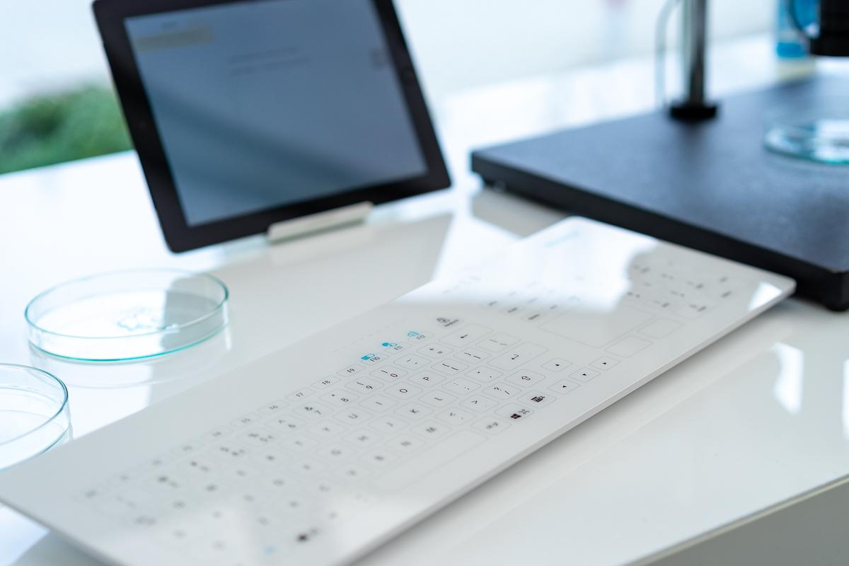 Cleankeys CK4W Tastatur aus Glas